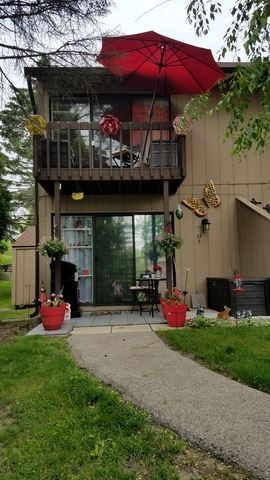 35 Montego Colony UNIT 3, Fox Lake, IL 60020 - #: 10403103