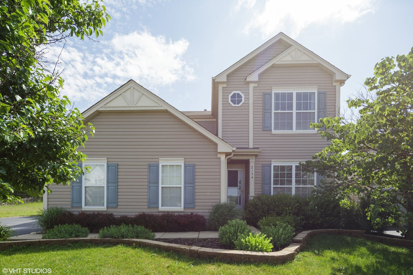 2134 Greenview Drive, Woodstock, IL 60098 - #: 10780103