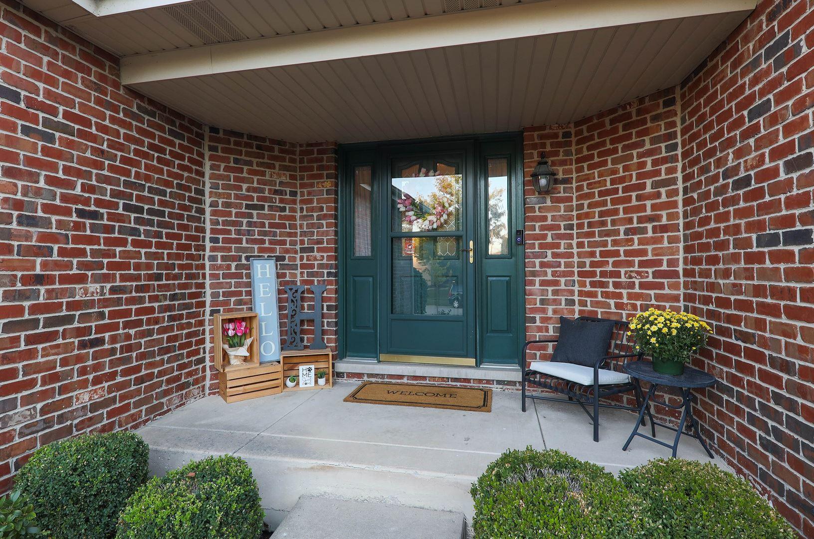 Photo of 559 Danbury Drive, Oswego, IL 60543 (MLS # 10850103)