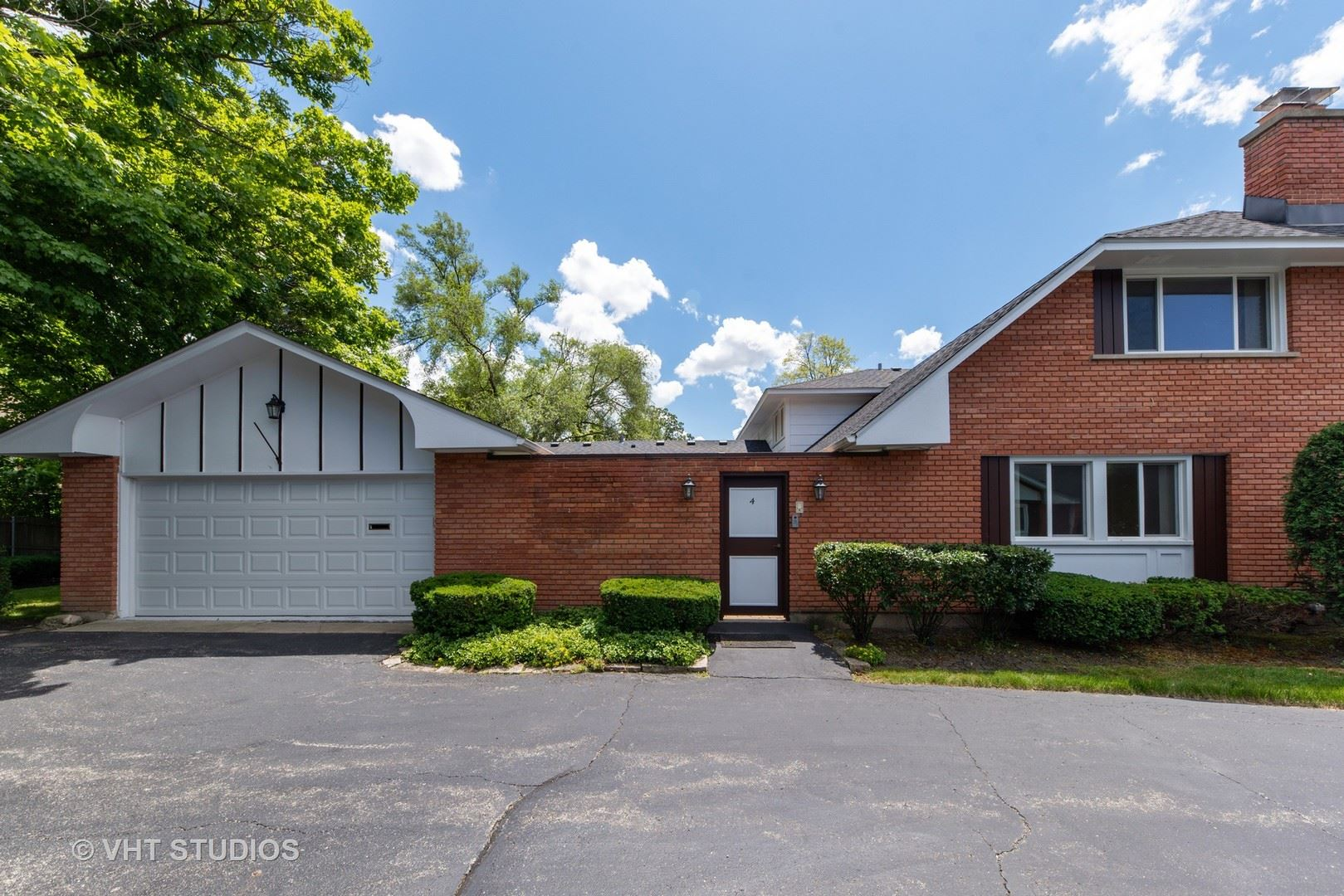 4 Stirling Lane, Rolling Meadows, IL 60008 - #: 10762104