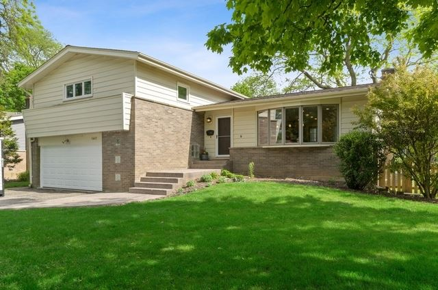 1407 Bayberry Lane, Deerfield, IL 60015 - #: 10734106