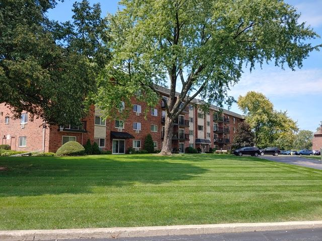 100 W Park Circle Drive UNIT 4C, Wheaton, IL 60187 - #: 10472107