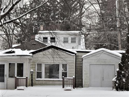 Photo of 32 S Grant Street, Westmont, IL 60559 (MLS # 10991108)