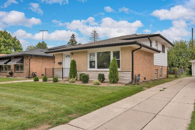 Photo for 14501 MURRAY Avenue, Dolton, IL 60419 (MLS # 10622108)