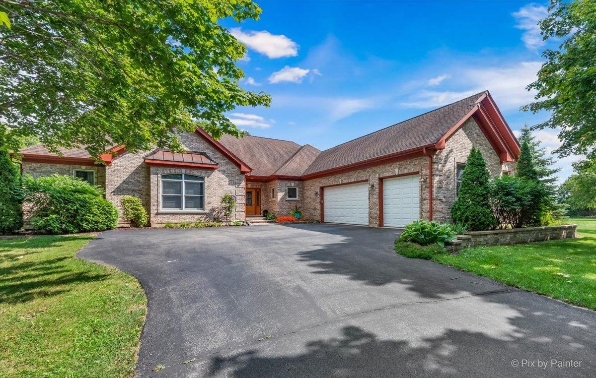 10609 Maple Tree Drive, Woodstock, IL 60098 - #: 11123108