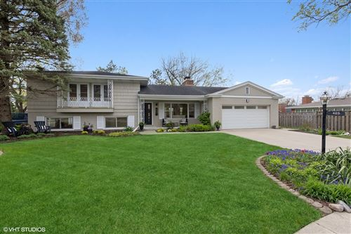 Photo of 405 52nd Place, Western Springs, IL 60558 (MLS # 11063110)