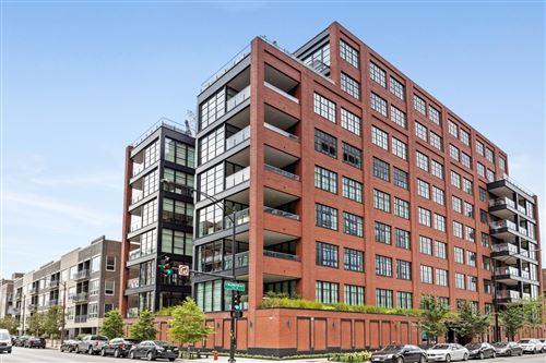 Photo of 1109 W WASHINGTON Boulevard #PH8A, Chicago, IL 60607 (MLS # 11085110)