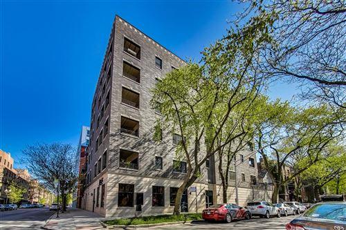 Photo of 340 W Evergreen Avenue #2E, Chicago, IL 60610 (MLS # 11076111)