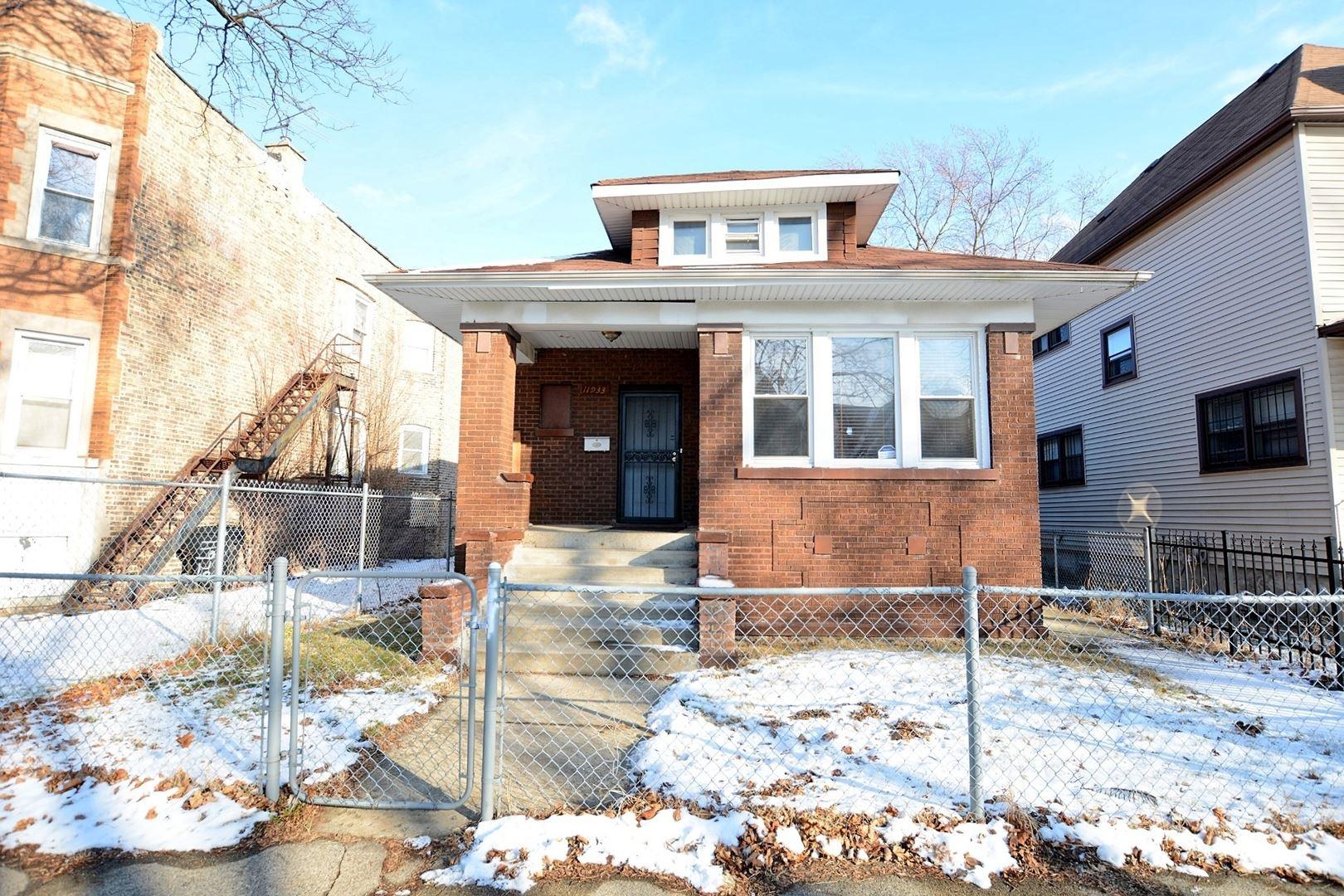 11933 S Lowe Avenue, Chicago, IL 60628 - #: 10639112