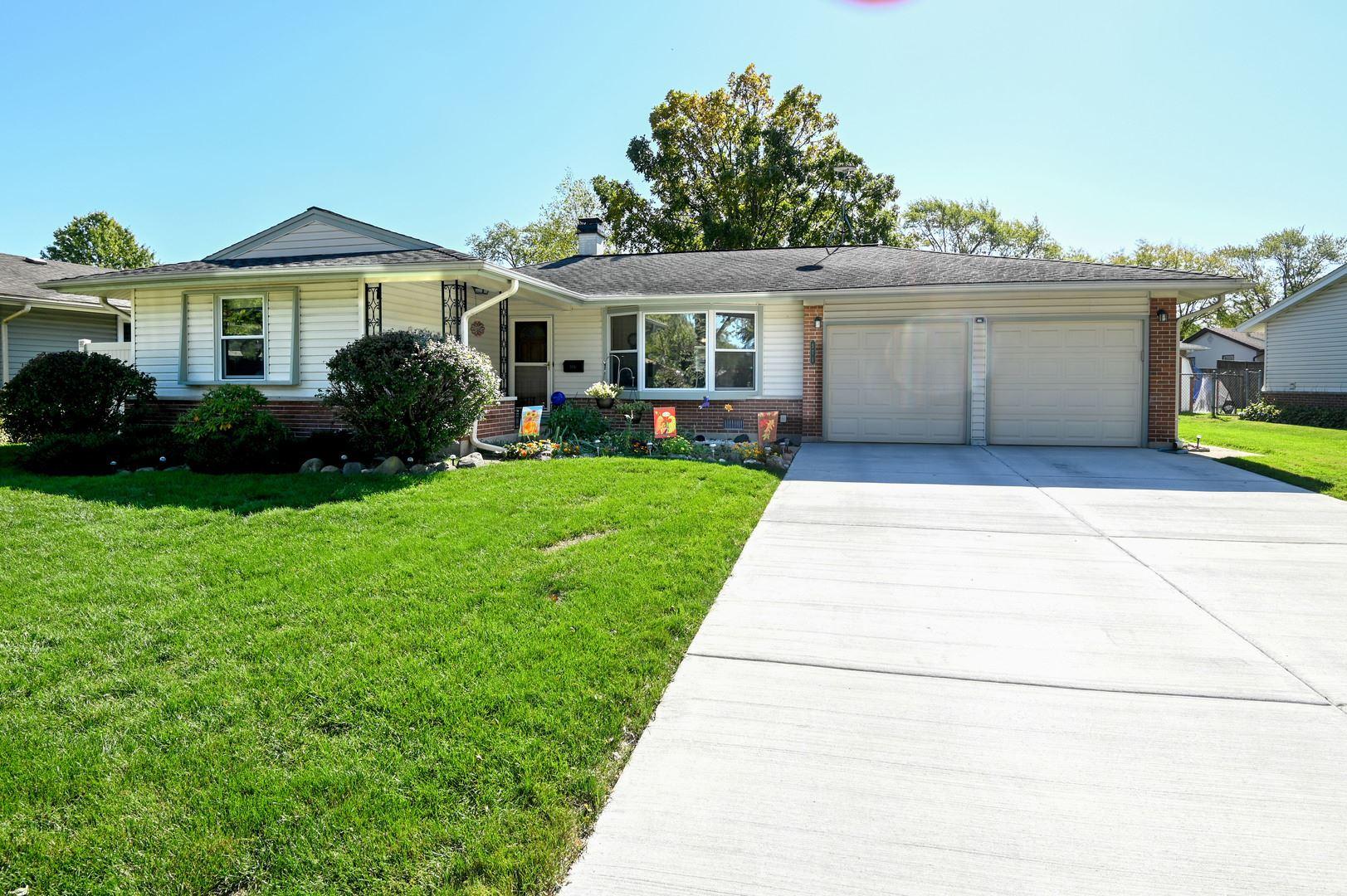 571 Clearmont Drive, Elk Grove Village, IL 60007 - #: 10896112
