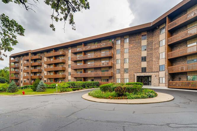 120 Lakeview Drive #201, Bloomingdale, IL 60108 - #: 11152112