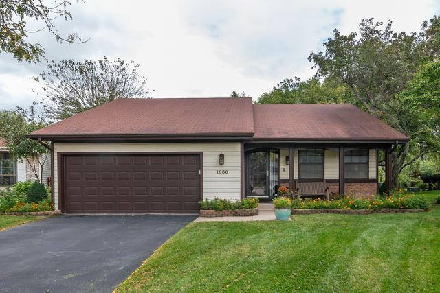 1958 Crescent Lane, Hoffman Estates, IL 60169 - #: 10549115