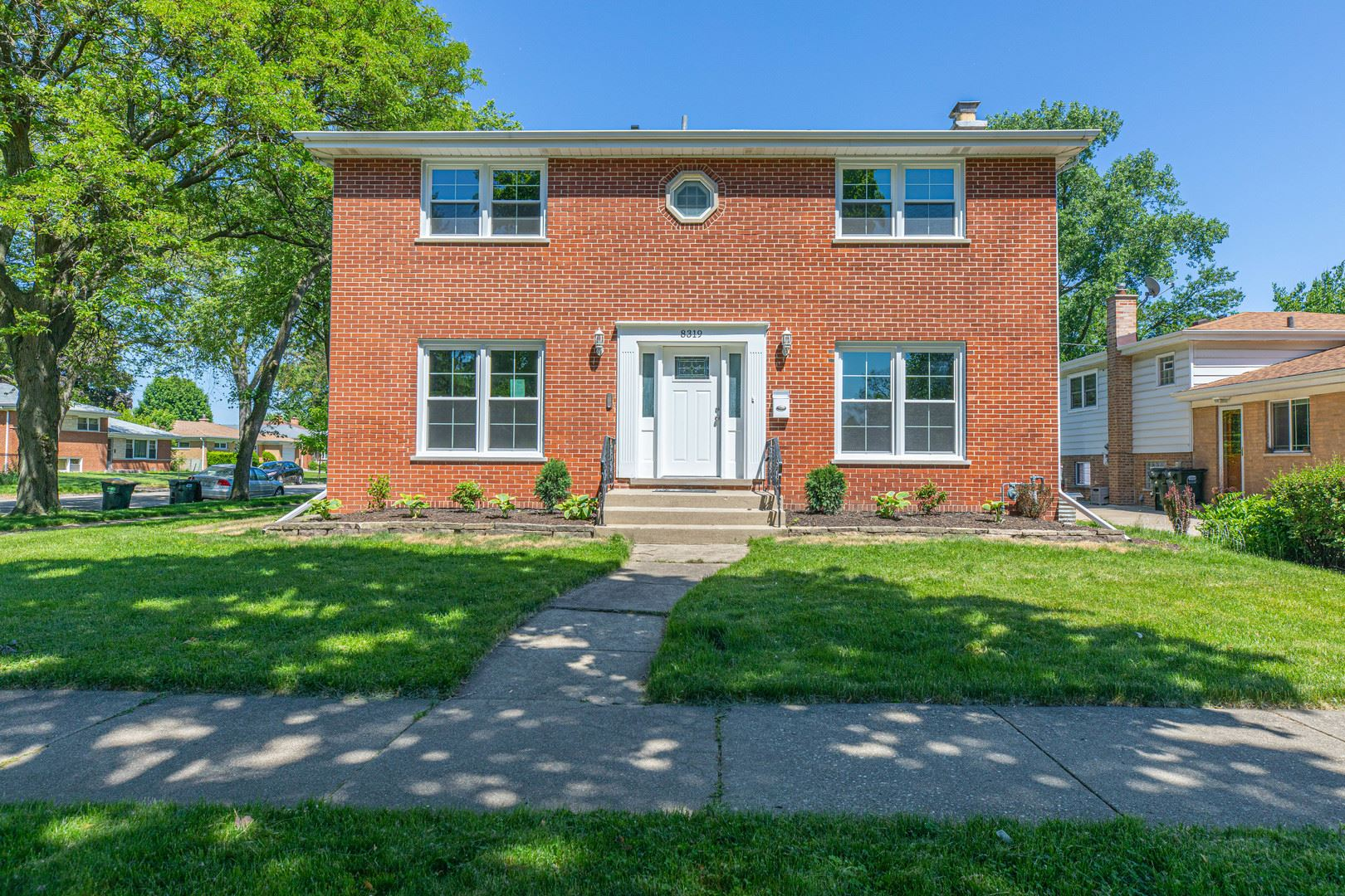 8319 Central Avenue, Morton Grove, IL 60053 - #: 10741115