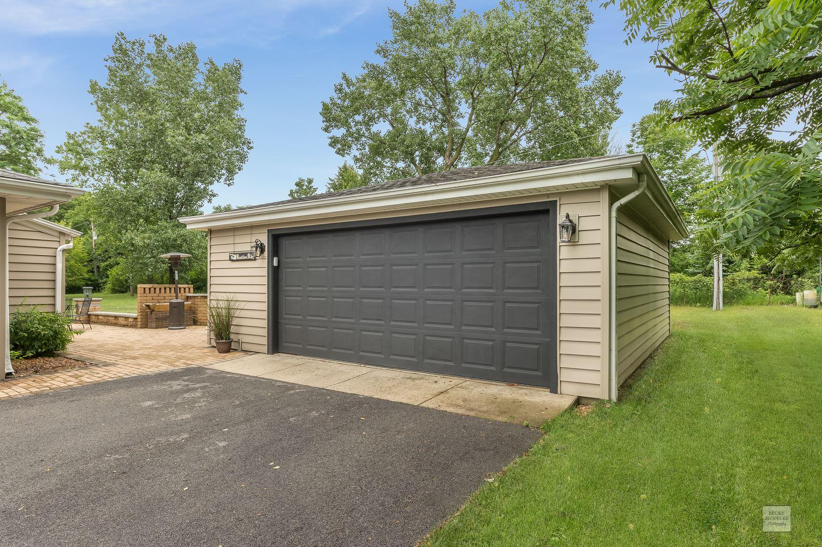 Photo of 720 Laura Street, Shorewood, IL 60404 (MLS # 11140120)