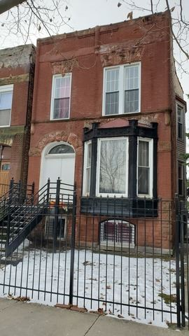 Photo for 2833 West Wilcox Street, Chicago, IL 60612 (MLS # 10637121)