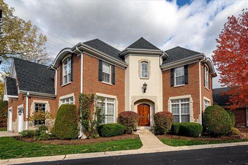 Photo of 30 Windsor Drive, Elmhurst, IL 60126 (MLS # 10945122)