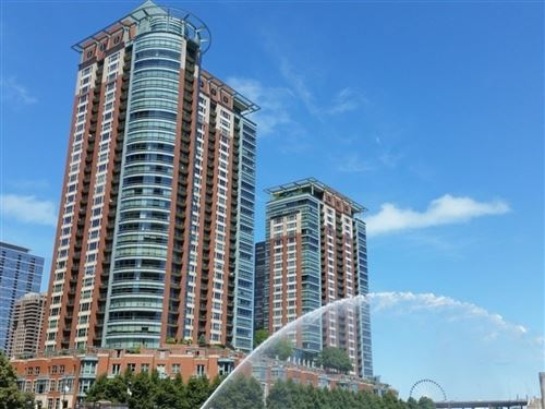 Photo of 415 E North Water Street #3205, Chicago, IL 60611 (MLS # 11202126)