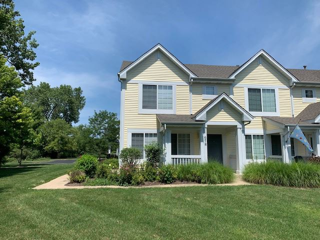 Photo of 678 Lincoln Station Drive, Oswego, IL 60543 (MLS # 11162126)