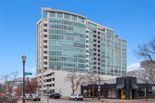 Photo of 1570 Elmwood Avenue #1006, Evanston, IL 60201 (MLS # 10853127)