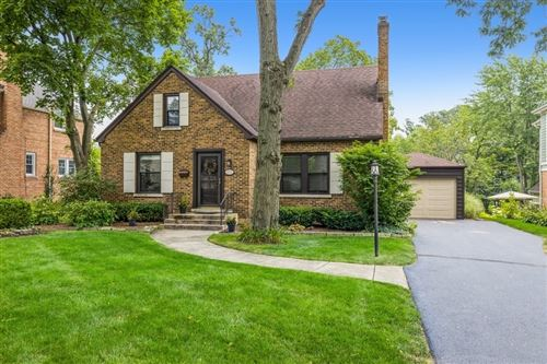 Photo of 4721 Seeley Avenue, Downers Grove, IL 60515 (MLS # 11166128)