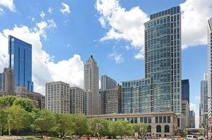 Photo of 130 N Garland Court #2111, Chicago, IL 60602 (MLS # 10917130)