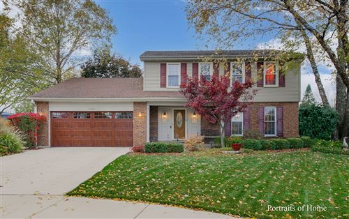 Photo of 1424 Willard Place, Downers Grove, IL 60516 (MLS # 10921131)