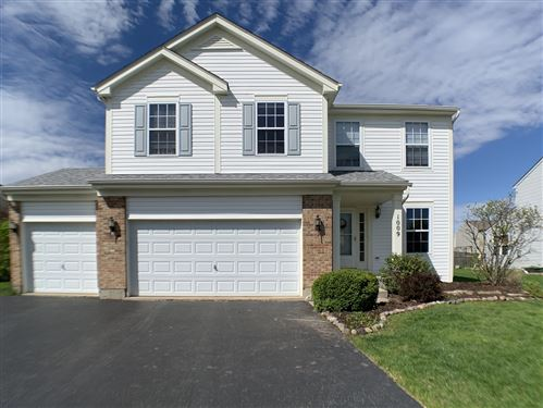 Photo of 1009 Butterfield Circle E, Shorewood, IL 60404 (MLS # 10674132)