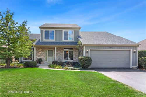 Photo of 950 Meadow Ridge Drive, West Chicago, IL 60185 (MLS # 11154136)