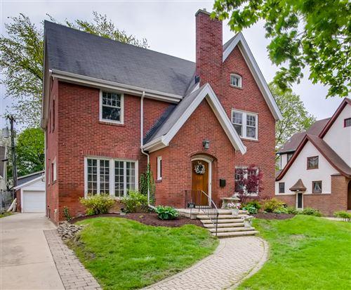 Photo of 225 S Brainard Avenue, La Grange, IL 60525 (MLS # 11061137)