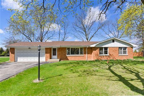 Photo of 839 Whitlock Avenue, Aurora, IL 60506 (MLS # 11034138)