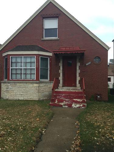 Photo of 10729 S Avenue L, Chicago, IL 60617 (MLS # 10941139)