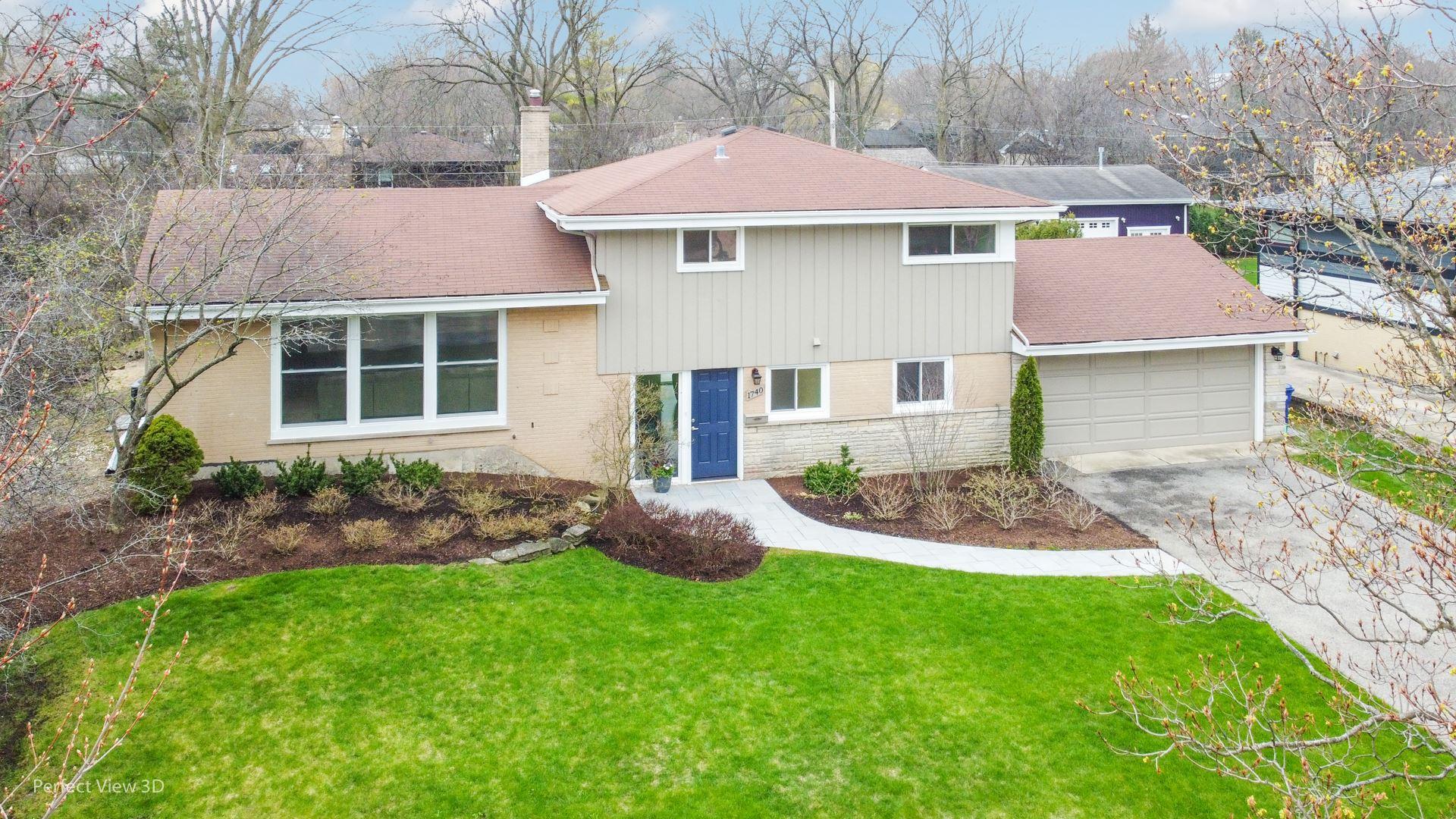 1740 Heather Lane, Highland Park, IL 60035 - #: 10698144