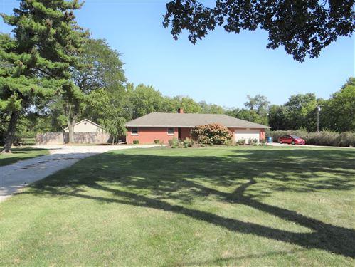 Photo of 140 E Southmor Road, Morris, IL 60450 (MLS # 11231145)