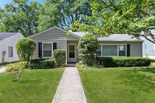 Photo of 404 S Lodge Lane, Lombard, IL 60148 (MLS # 11222146)