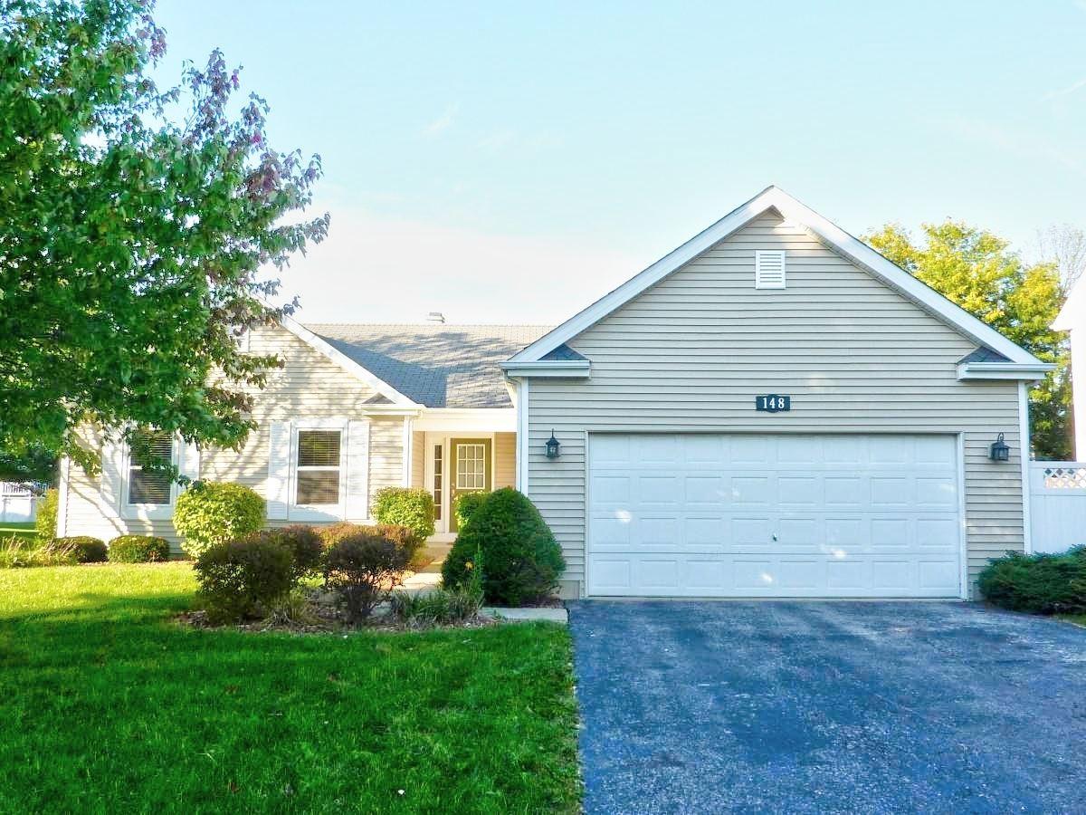 Photo of 148 Sandalwood Lane, Bolingbrook, IL 60440 (MLS # 10904146)