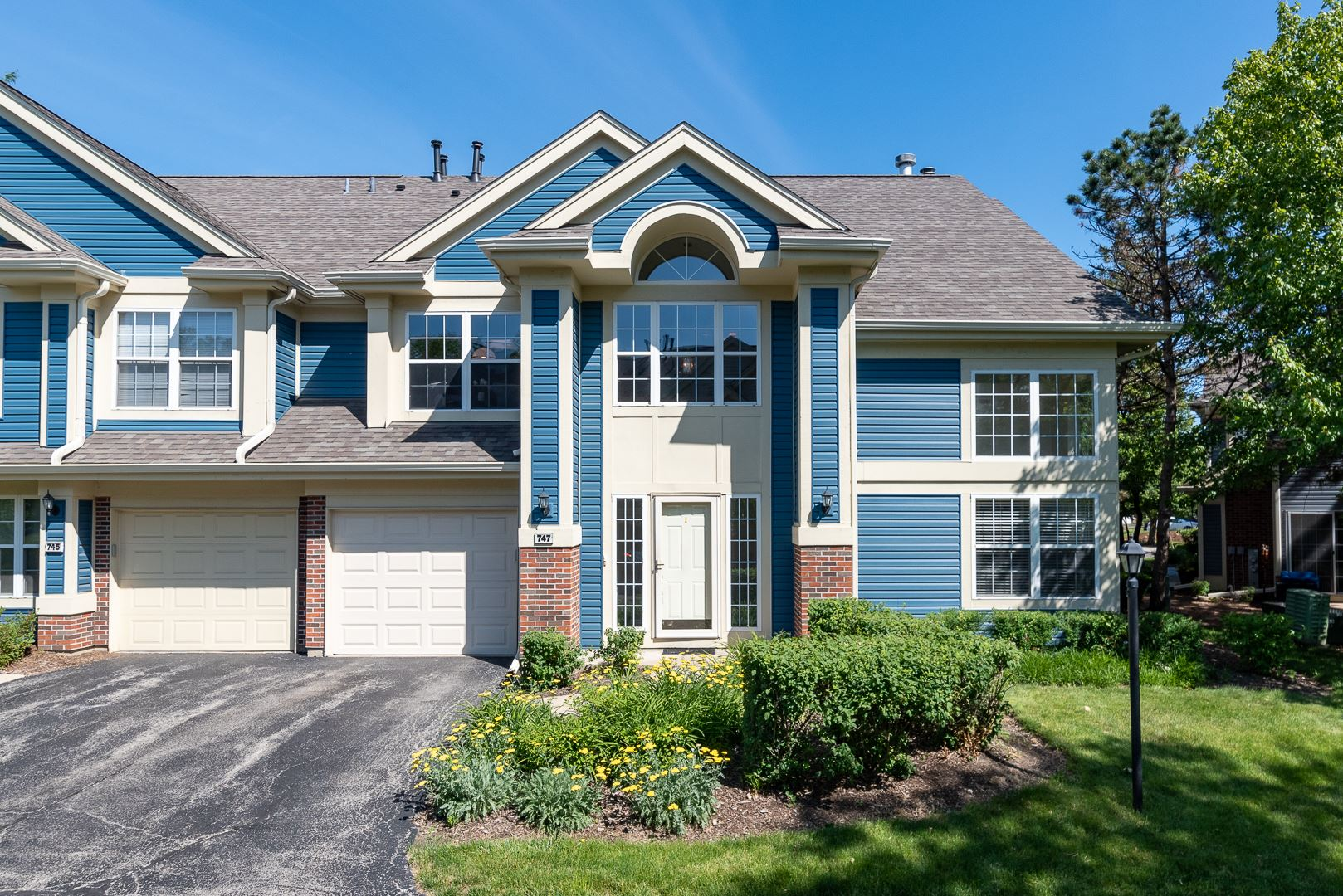 747 Old Creek Court, Elk Grove Village, IL 60007 - #: 10743148