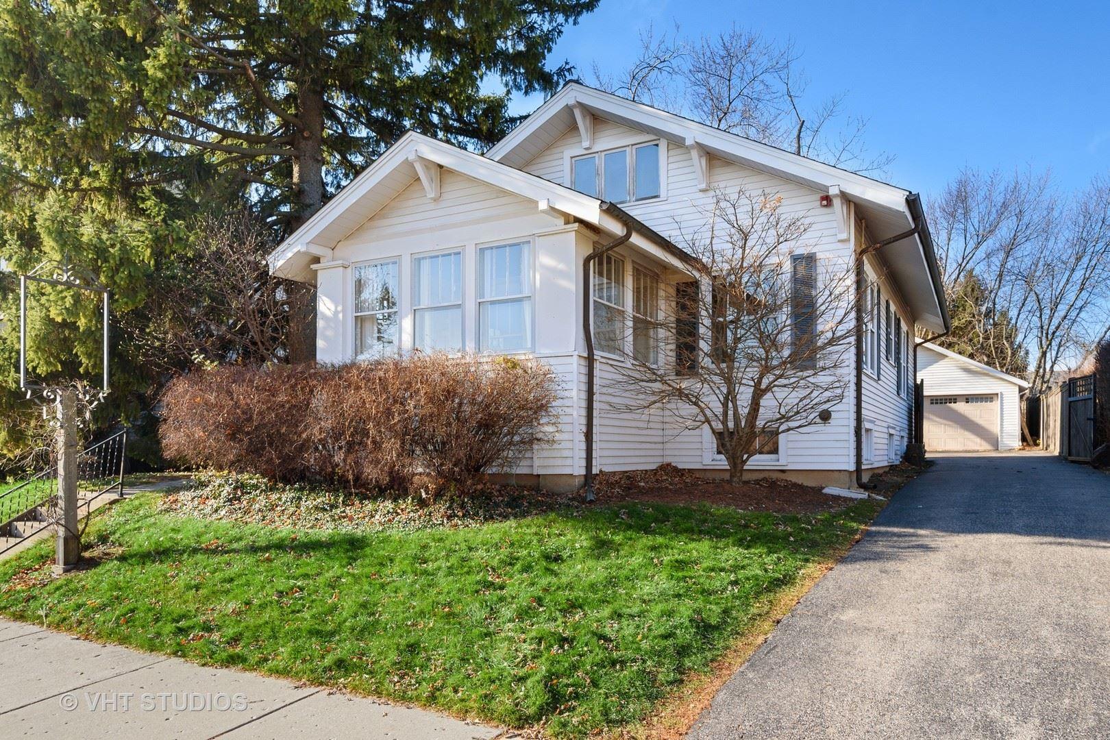 Photo for 114 Applebee Street, Barrington, IL 60010 (MLS # 10961148)