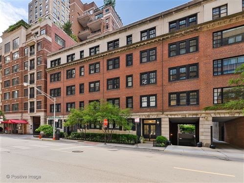 Photo of 202 E Walton Place #1E, Chicago, IL 60611 (MLS # 11084151)