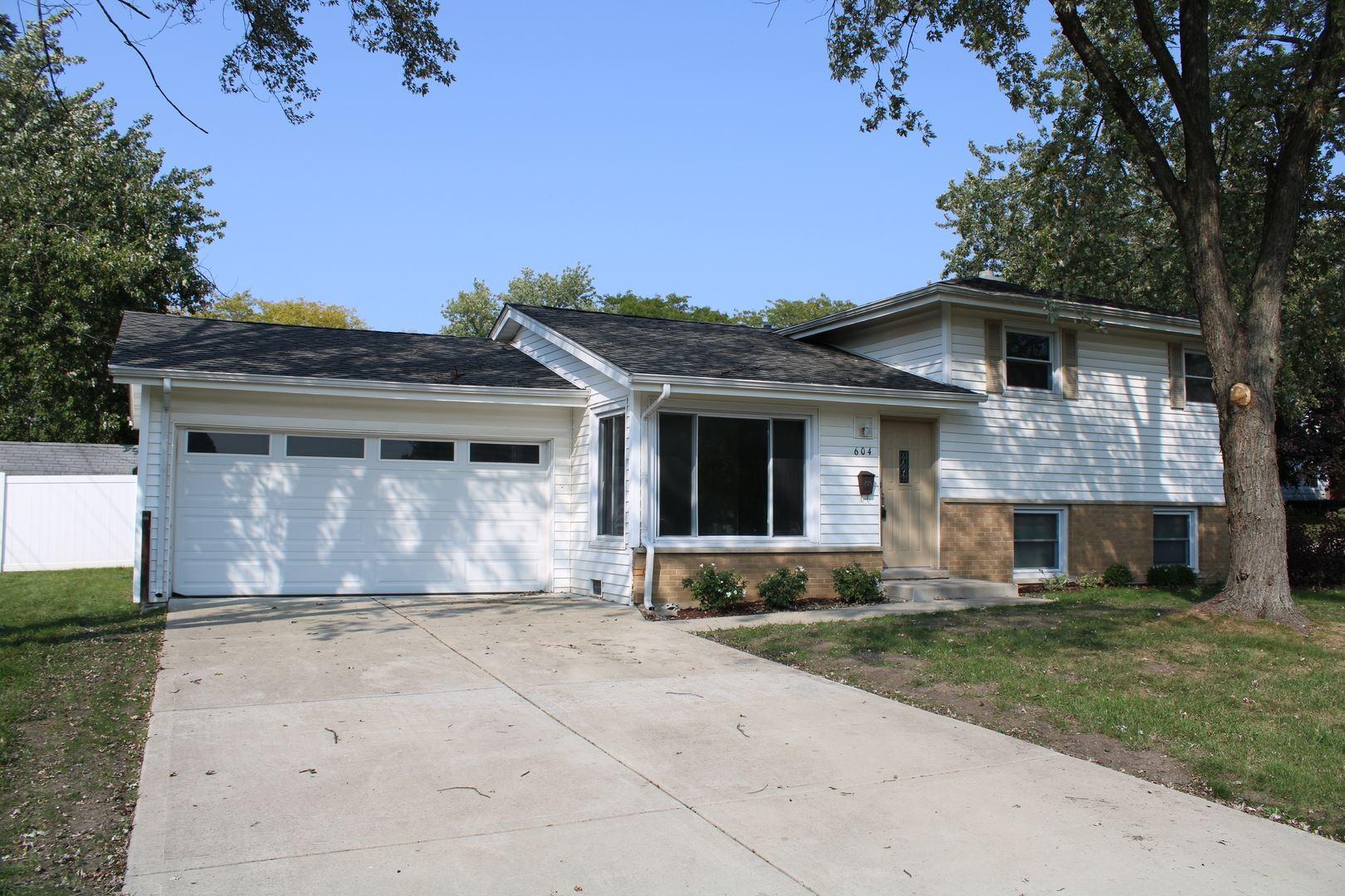 604 W Lake Manor Drive, Addison, IL 60101 - #: 10879151