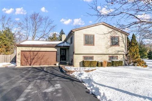Photo of 26082 West Lotus Road, Antioch, IL 60002 (MLS # 10617154)