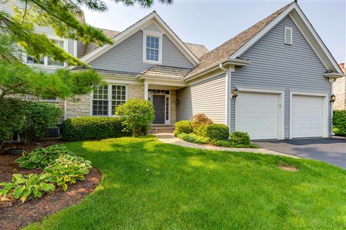 Tiny photo for 370 S Berkshire Drive, Lake Forest, IL 60045 (MLS # 10892155)