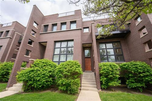 Photo of 516 W 33rd Street, Chicago, IL 60616 (MLS # 11083156)