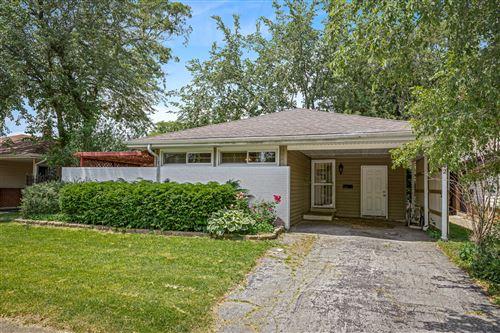 Photo of 15142 Sunset Drive, Dolton, IL 60419 (MLS # 10921157)