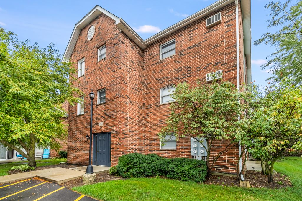 1313 Cunat Court #3A, Lake in the Hills, IL 60156 - #: 11185157