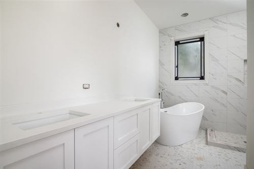 Tiny photo for 2122 West Crystal Street #1E, Chicago, IL 60622 (MLS # 10585158)