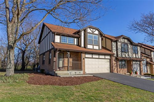 Photo of 309 Carriage Way, Bloomingdale, IL 60108 (MLS # 10946161)
