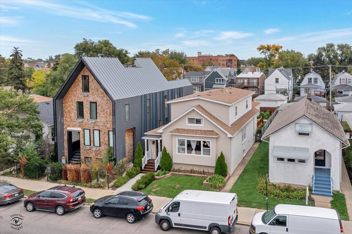 3611 N KIMBALL Avenue, Chicago, IL 60618 - #: 11249163