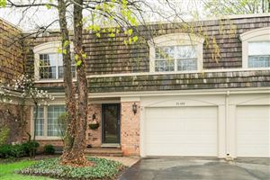 Photo of 2S604 Chateaux Avenue North, OAK BROOK, IL 60523 (MLS # 10369164)