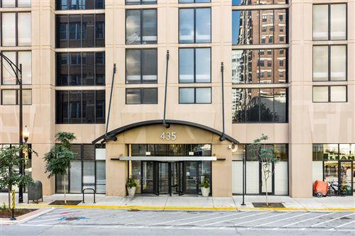 Photo of 435 W Erie Street #2004, Chicago, IL 60654 (MLS # 11250165)