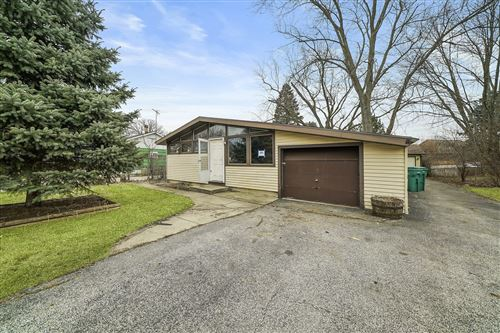 Photo of 18777 W Old Plank Road, Grayslake, IL 60030 (MLS # 10679166)